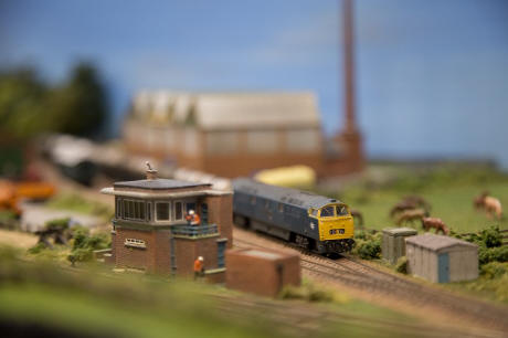 Model trains to steam into Leamington